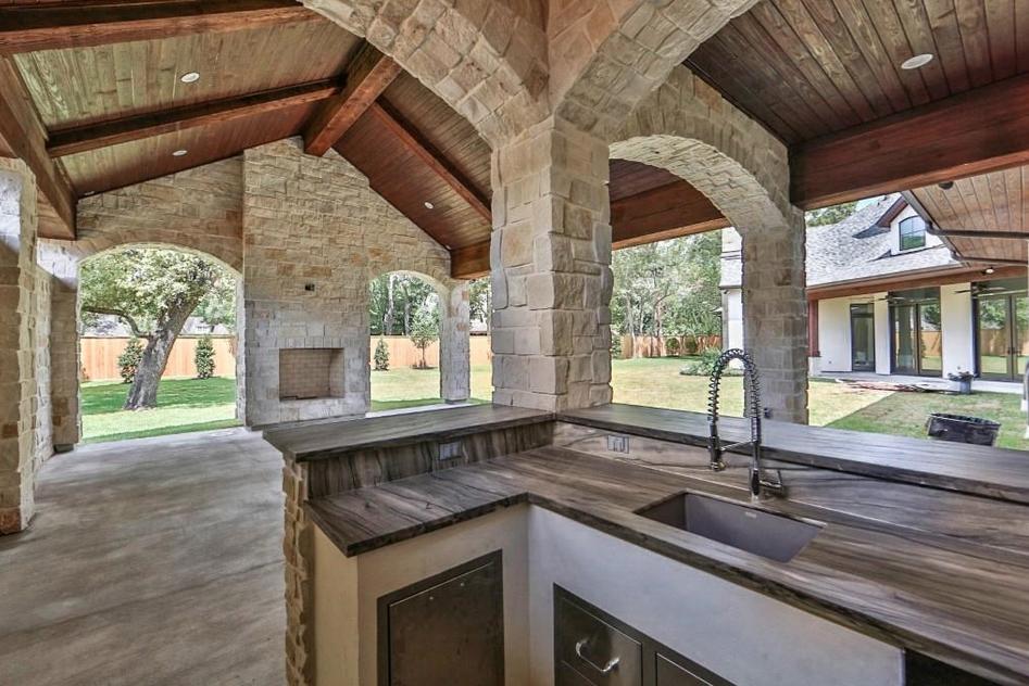 Stone and Stucco Homes Texas | 995 Million Newly Built Stone