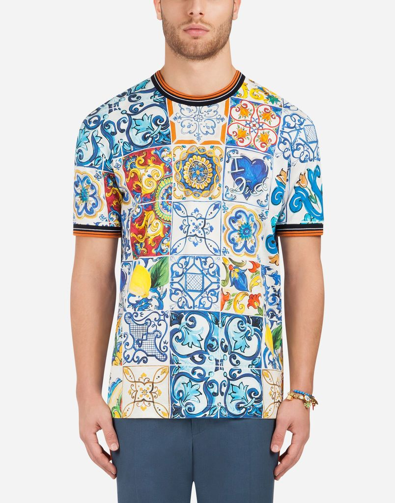 Bright Colors And Painterly Patterns Decorate This Collection Of Ready To Wear And Accessories Get Inspired By T Mens Outfits Dolce And Gabbana Cotton Tshirt