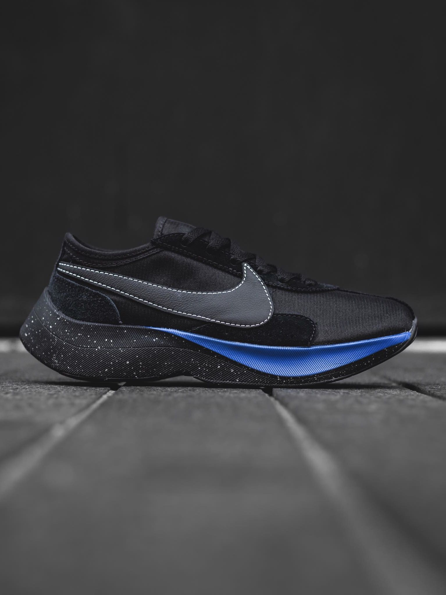 detailed pictures 7b953 4db80 Nike Moon Racer  shoes in 2019  Pinterest  Schuhe