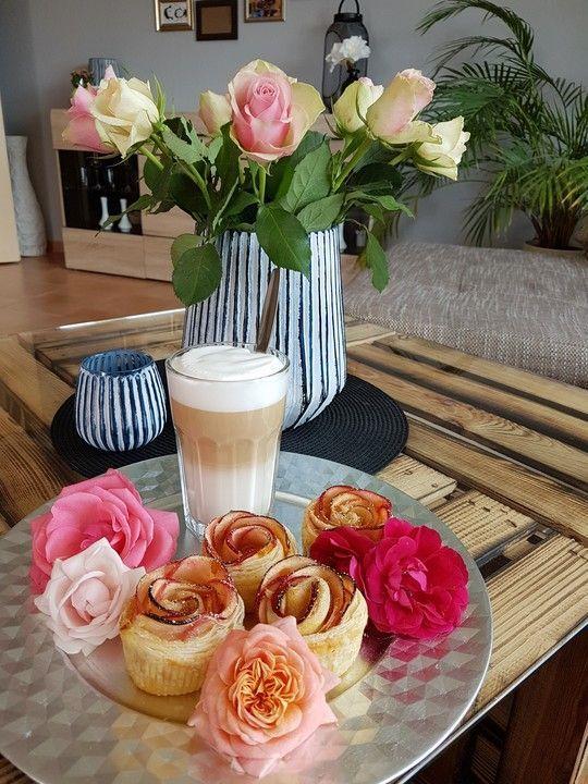 Blätterteig-Apfel-Rosen #blätterteigrosenmitapfel Blätterteig-Apfel-Rosen, ein raffiniertes Rezept aus der Kategorie Festlich. Bewertungen: 23. Durchschnitt: Ø 4,4. #blätterteigrosenmitapfel Blätterteig-Apfel-Rosen #blätterteigrosenmitapfel Blätterteig-Apfel-Rosen, ein raffiniertes Rezept aus der Kategorie Festlich. Bewertungen: 23. Durchschnitt: Ø 4,4. #blätterteigrosenmitapfel