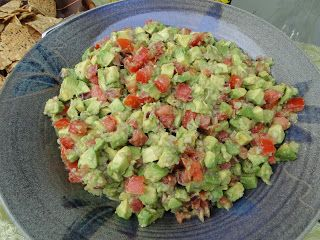 Mennonite Girls Can Cook: Chunky Guacamole