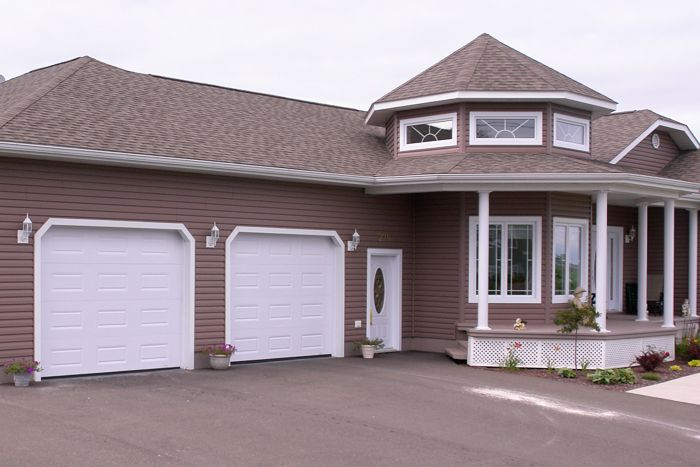 Pick Up A Laforge Advantage Single Garage Door From Central And Increase Your Home S Value It Ll Add Curb Single Garage Door Exterior Door Styles Curb Appeal