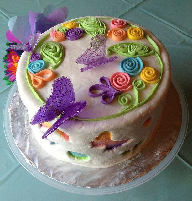 6cake4 Fondant butterfly Butterfly cakes and Fondant