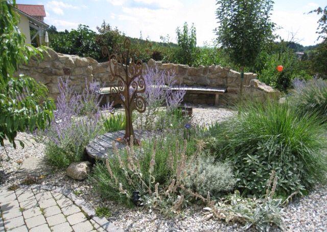 Explore Landscape Grasses, Gravel Garden And More!