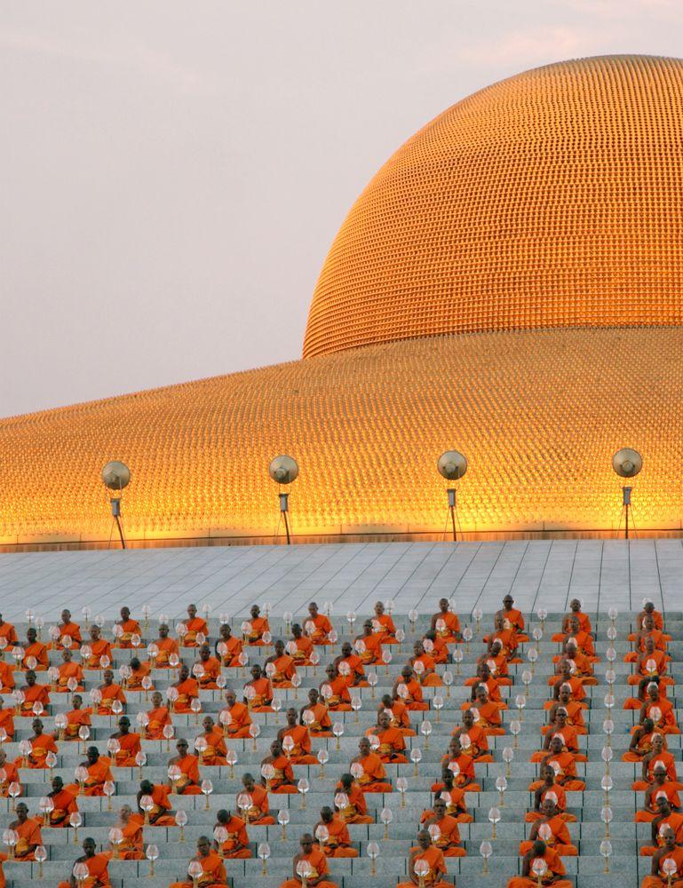 Il tempio Wat Phra Dhammakaya. - (Piti A Sahakorn, LightRocket via Getty Images)