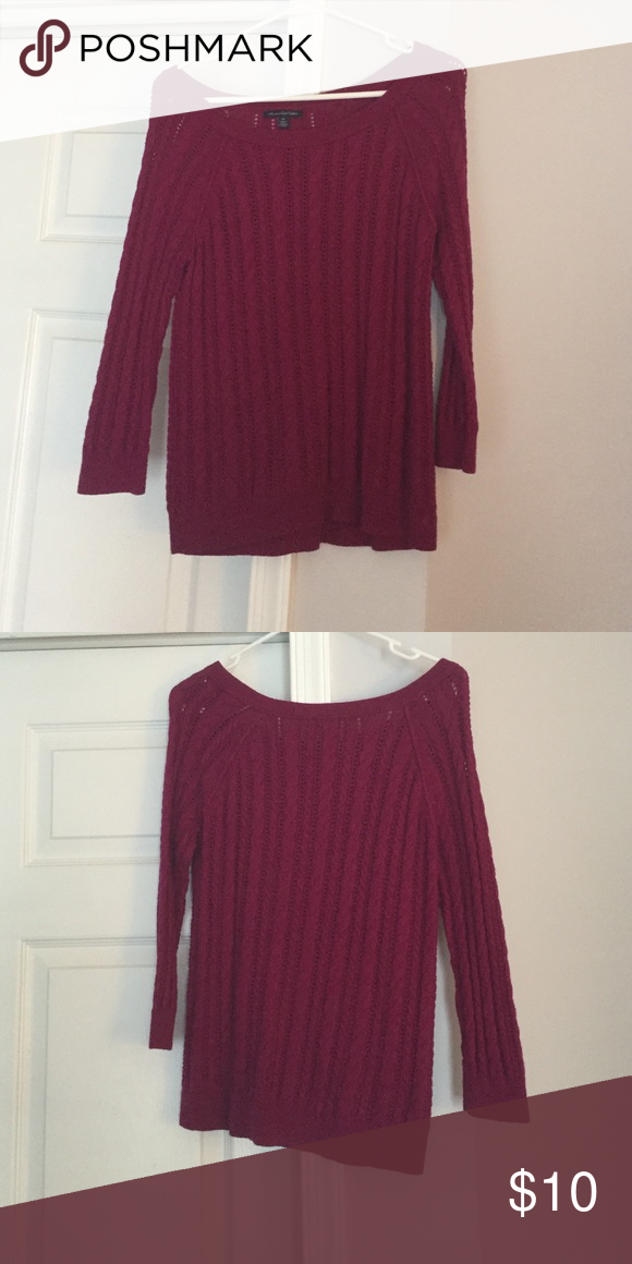 ⚜American Eagle sweater Worn once or twice. No rips/tears/stains- like new American Eagle Outfitters Tops