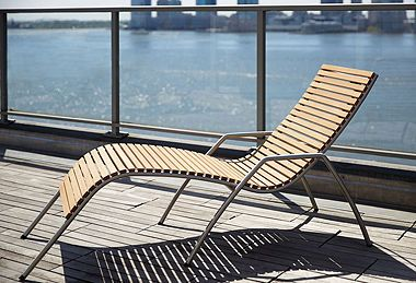 Exceptionnel Sleek Outdoor Furniture, Itu0027s What A Cool And Contemporary Lifestyle Is All  About!