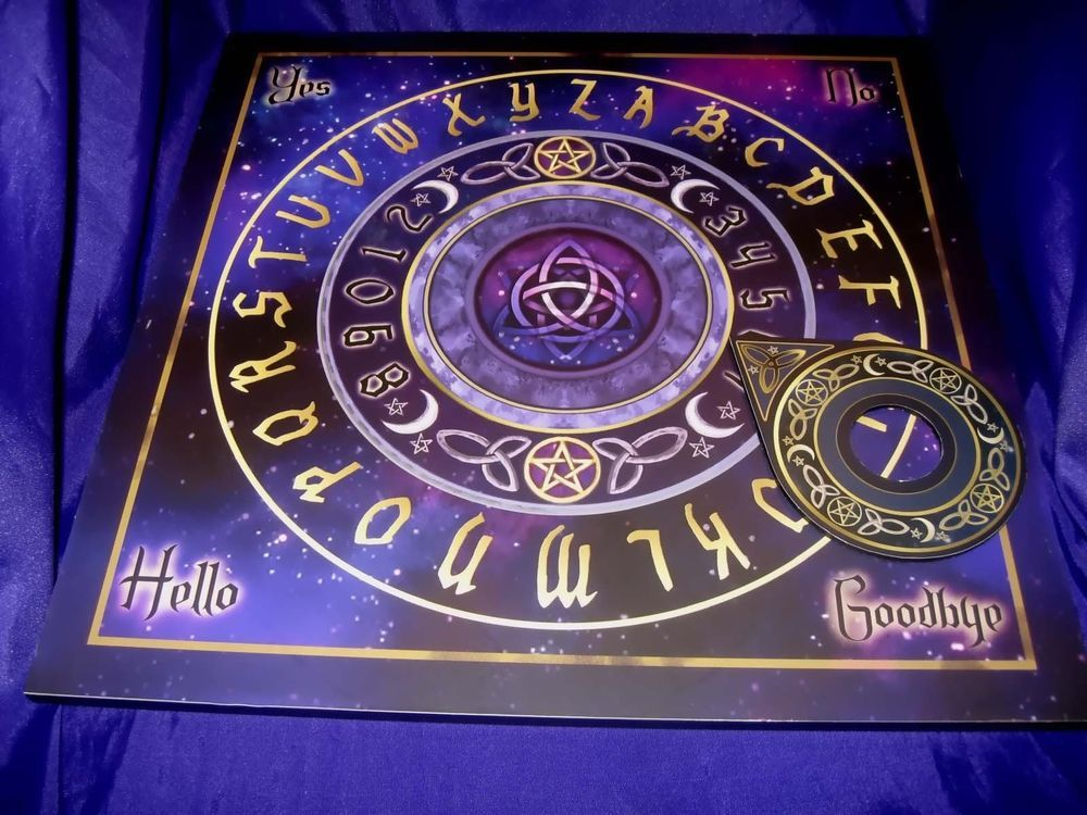 GTH032 Lisa Parker Celestial Spirit Ouija Board with Planchette 41cm #Halloween