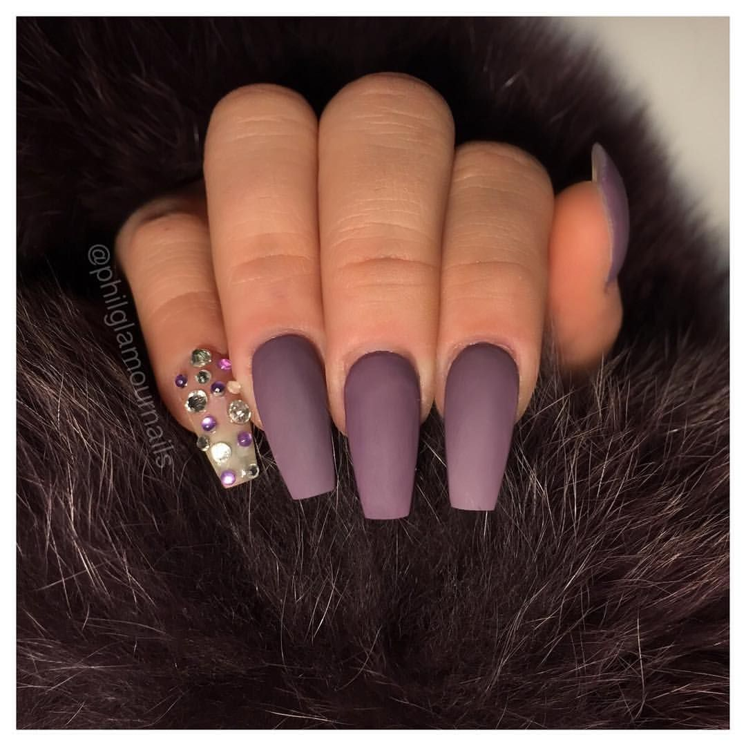 Matte purple coffin nails... LOVE Plum nails, Nails