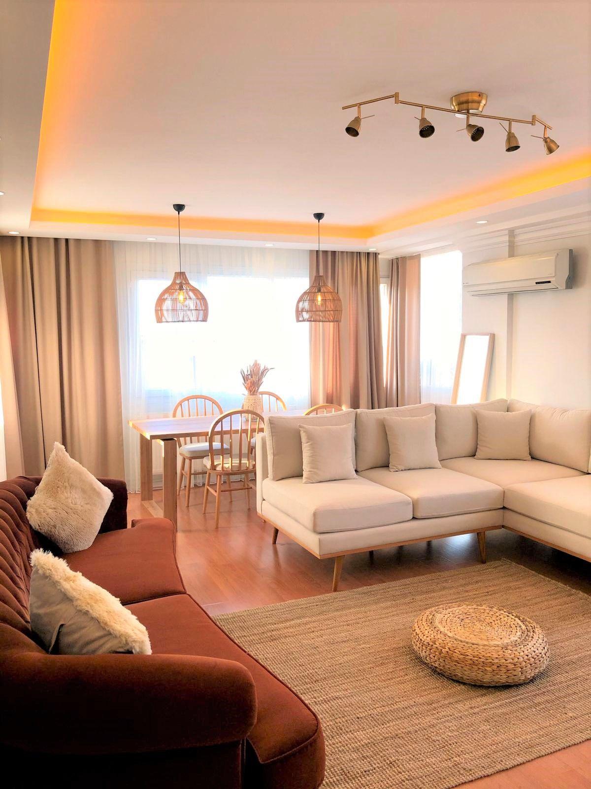 Photo of Beyaz ve Kiremit Tonunun Çok Yakıştığını Kanıtlayan Bir Ev!