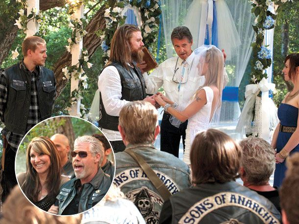 Ryan Hurst Married Photo Sons Of Anarchy Season 4 Premiere Wedded Bliss For Sons Of Anarchy Sons Of Anarchy Samcro Anarchy