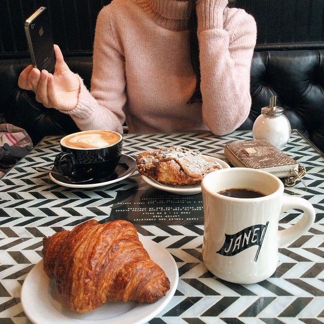 Munkar och kaffe dating