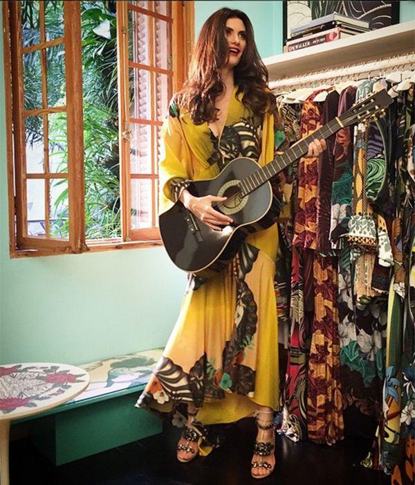 ☆  Isabella Fiorentin o sempre acerta no look. Mas, desta vez, juntamos  só os vestidões  que fizeram o ...