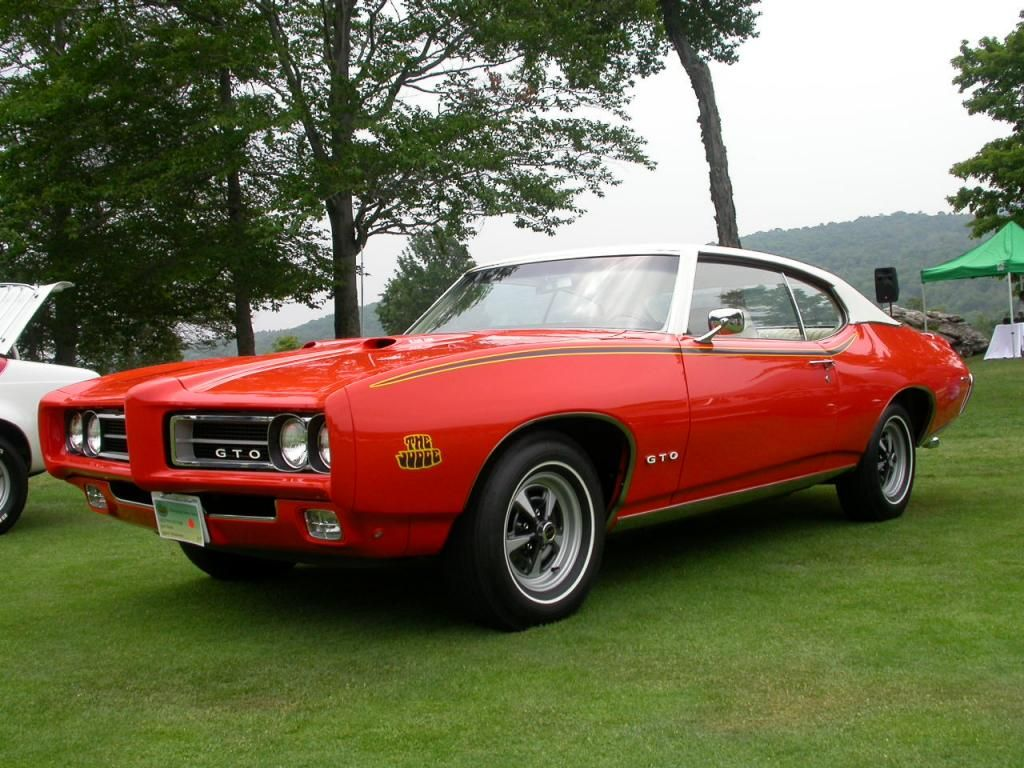 Ten of the greatest american muscle cars 9 1969 pontiac gto judge