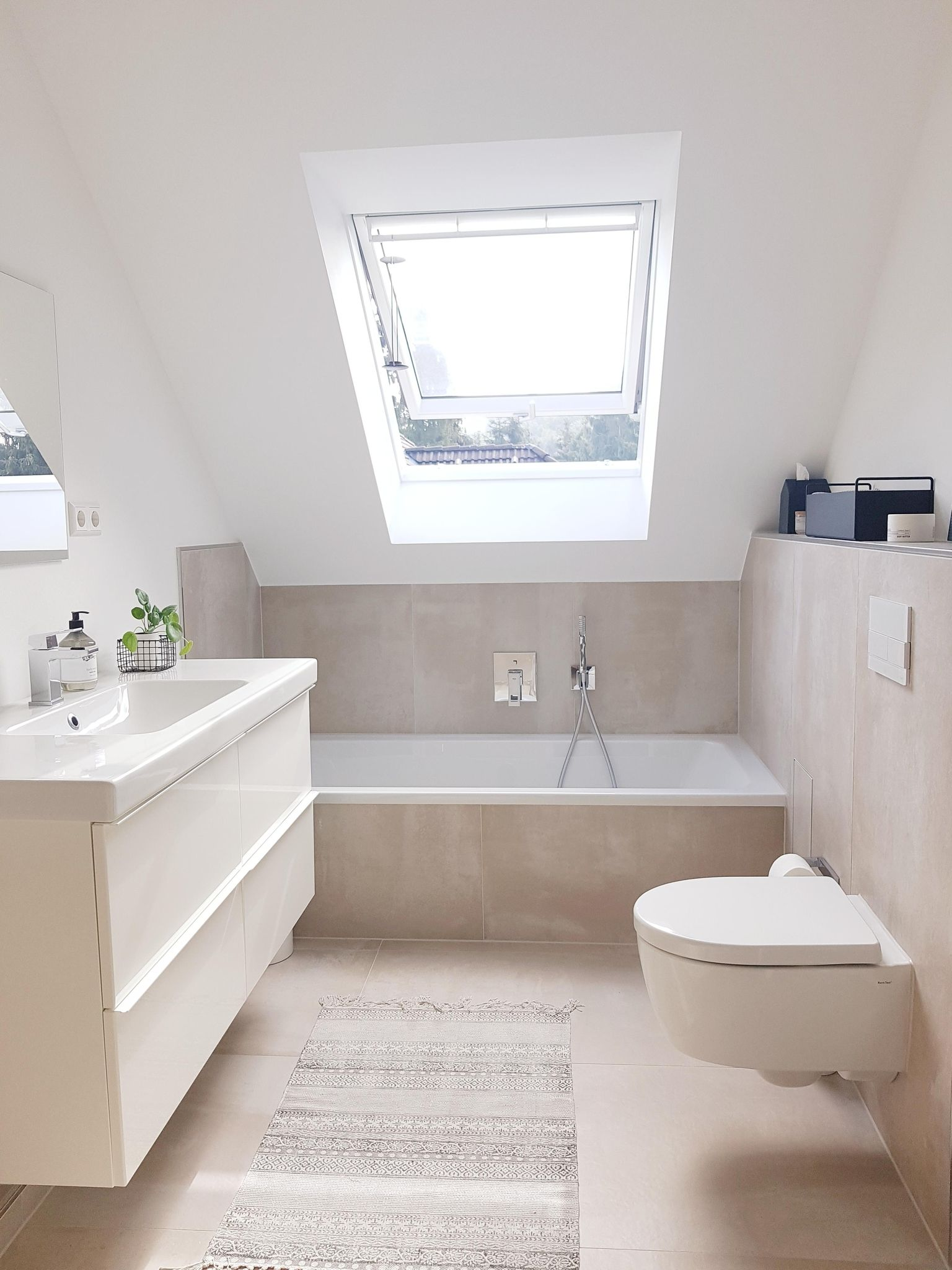 Unser renoviertes Badezimmer  badezimmer  bathroomde...