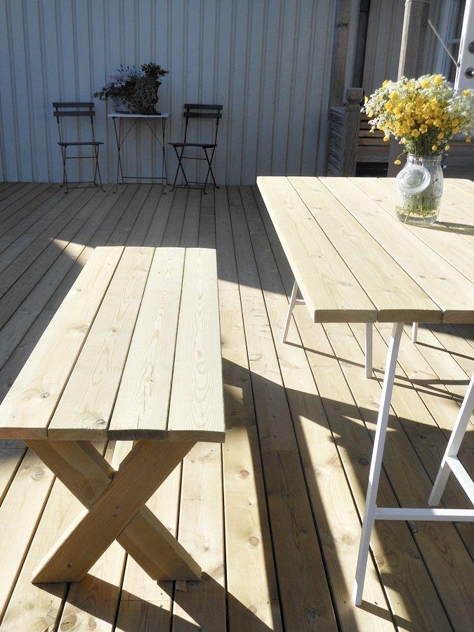 Välkända Bänk med kryssben & beställda stolar | House Greece DIY | Bygg RY-38