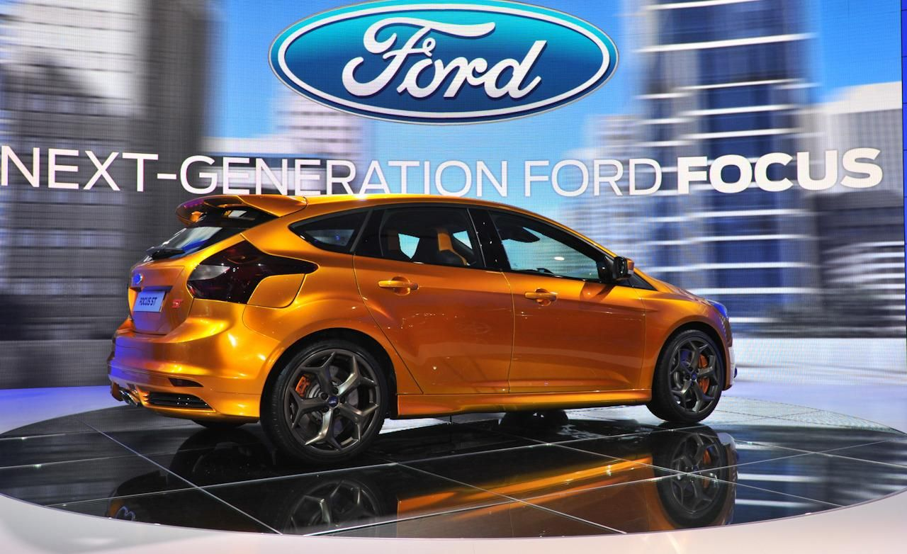WOW Ford Focus mk3 ST in colour of ST mk2  Electric Orange