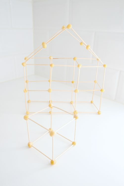 geometry with peas homeschool math pinterest mathe feinmotorik und k rper mathe. Black Bedroom Furniture Sets. Home Design Ideas
