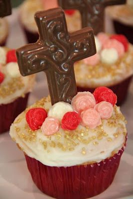 Easter church cupcakes...PD would like this in red velvet lol