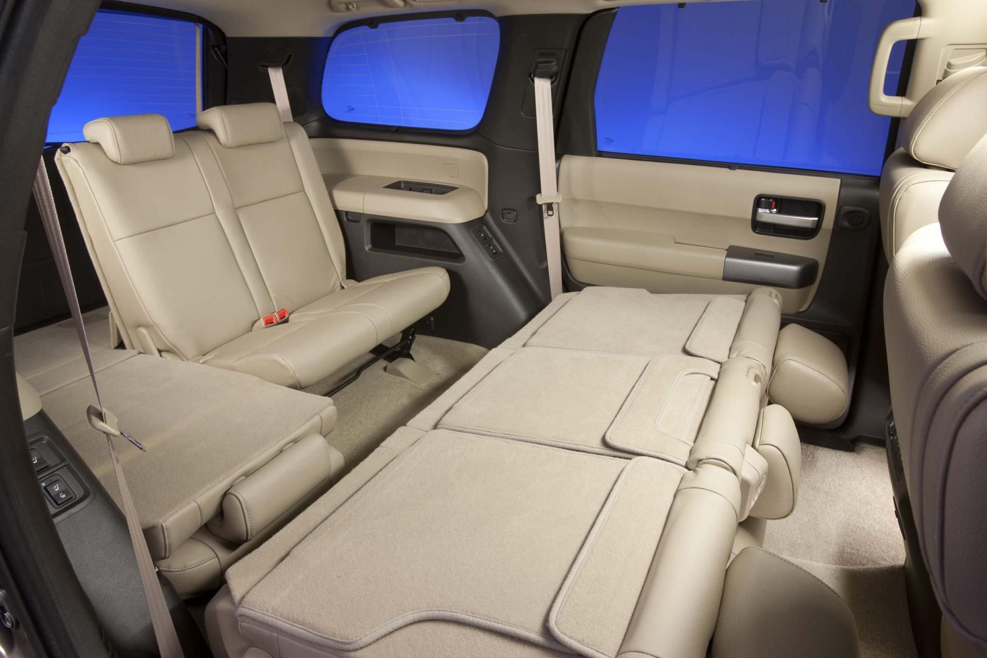 2014 Toyota Sequoia Interior Photo
