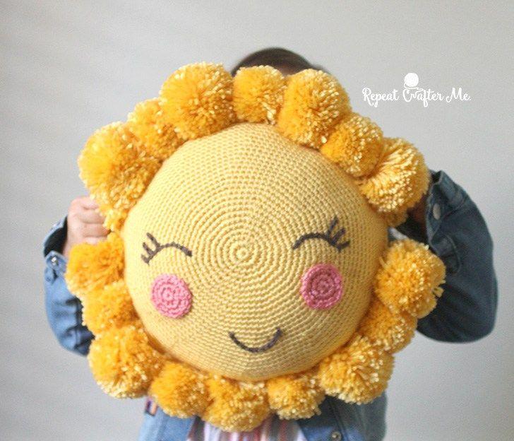 6cbb4e67b4b0f Crochet PomPom Sunshine Pillow for the CYC Pompom Party