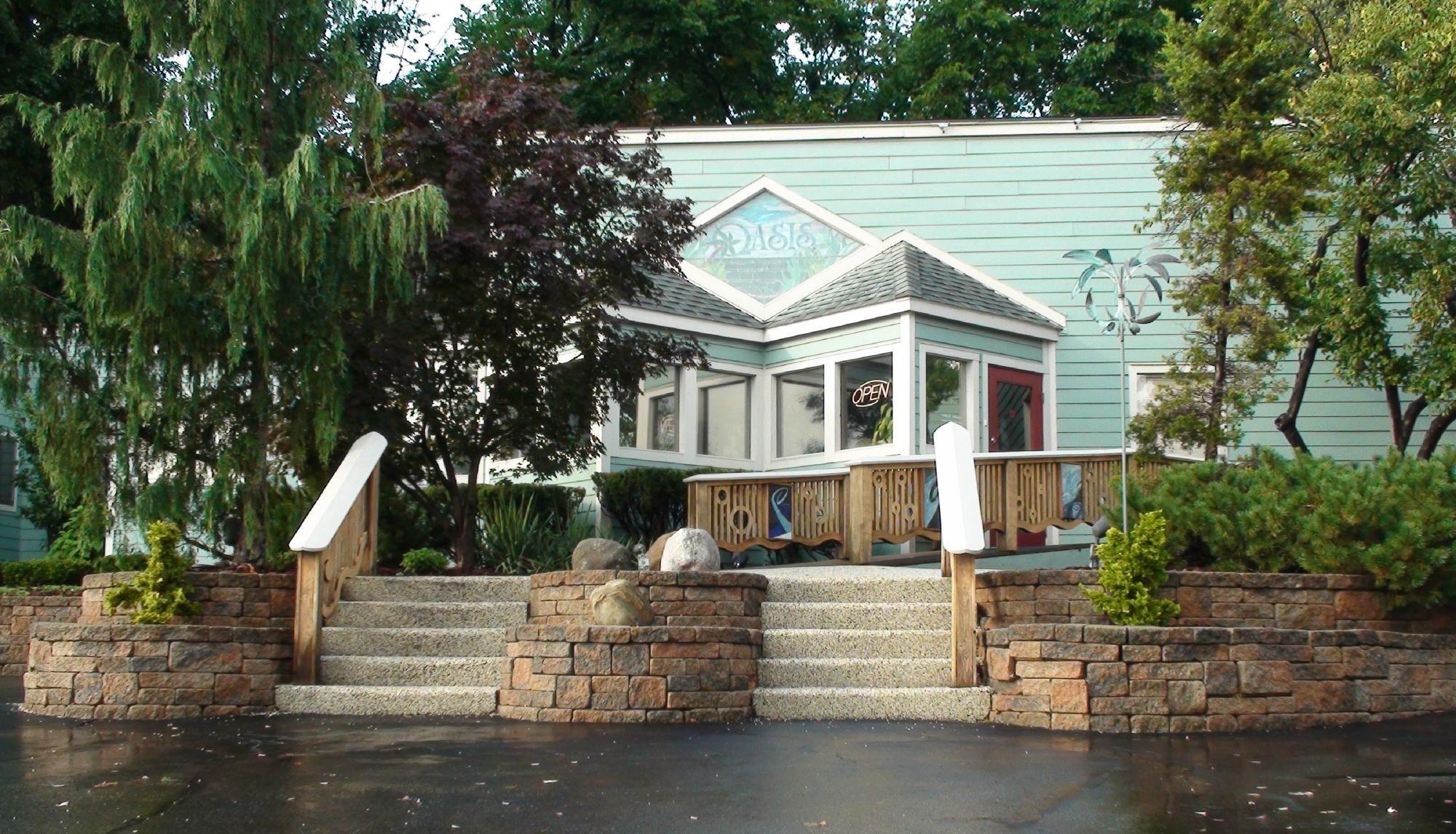 8f51964f2bb1c7172e1853db77b219f2 - Oasis Hot Tub Gardens In Ann Arbor