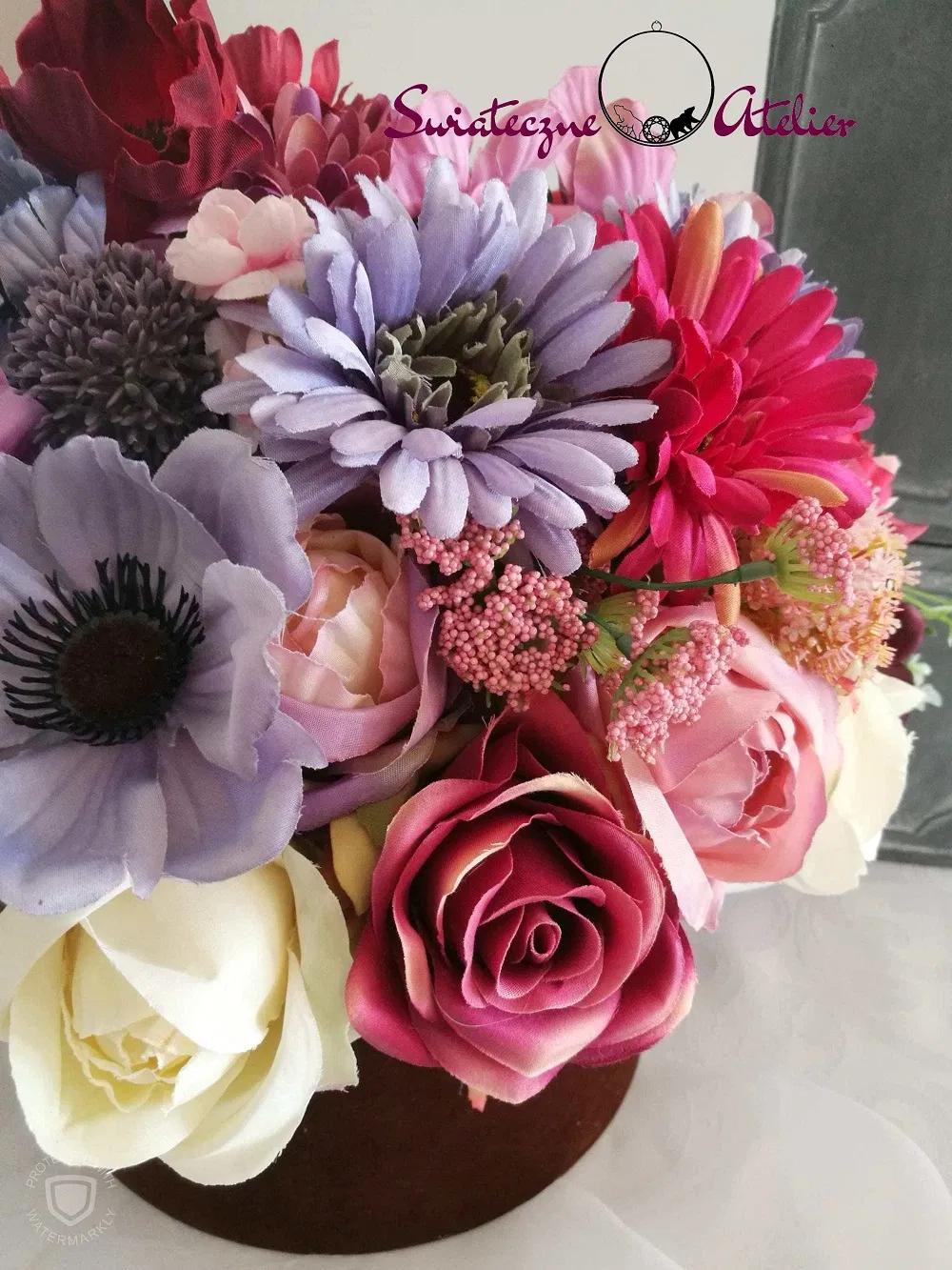 Boks Z Kwiatami Wrzesniowa Slodycz Swiateczne Atelier Flower Boxes Flowers Plants
