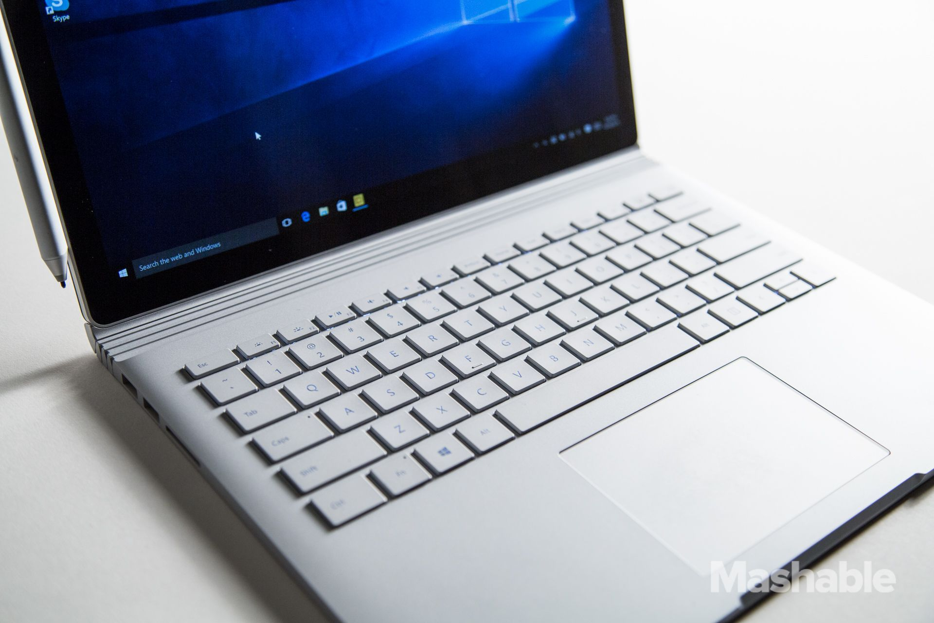 Surface Book Review Microsoft Builds A Better Windows Laptop And More Microsoft Microsoft Surface Book Laptop