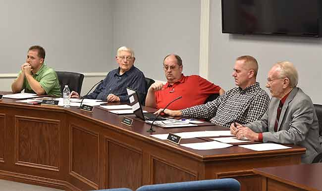 City Council Nearly Finishes Yearly Business On Monday Times Bulletin City Council City Council