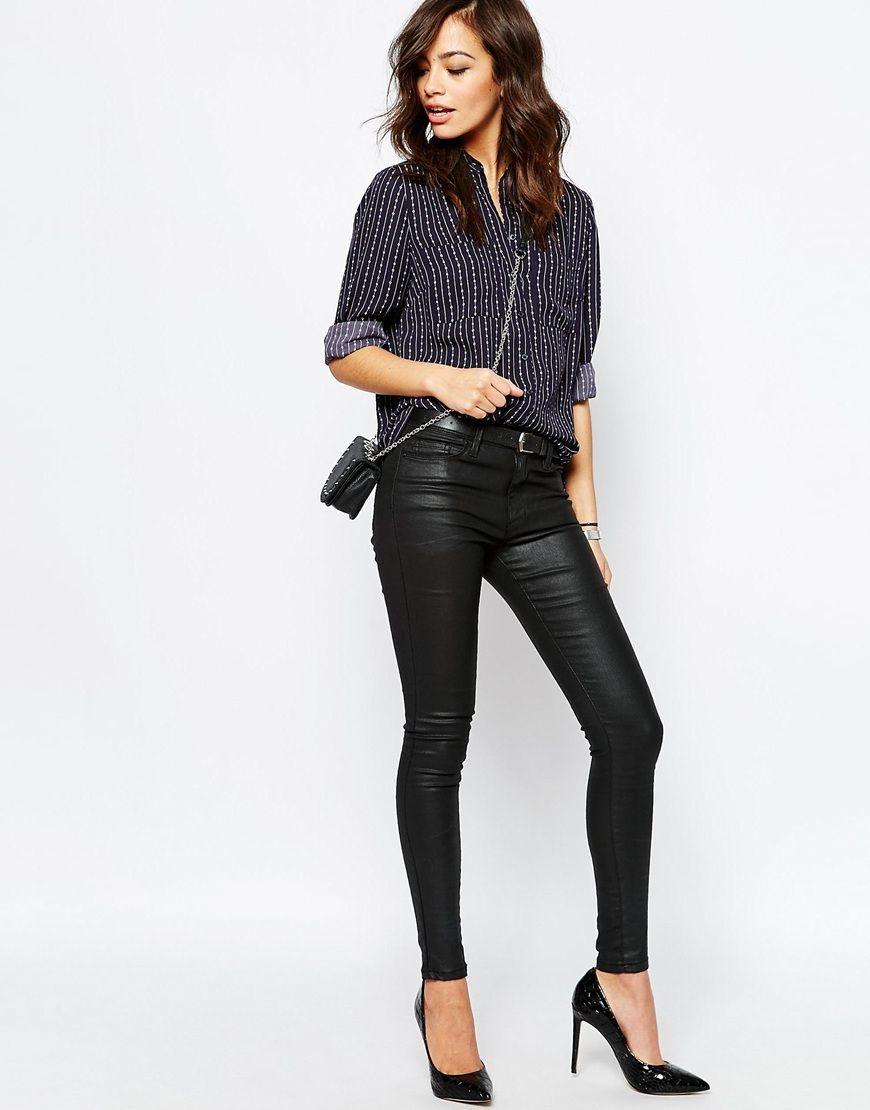 Achetez New Look - Chemise à manches longues et rayures sur ASOS. Découvrez  la mode en ligne. 0af220ee41d2