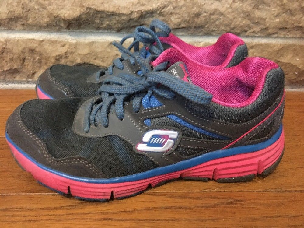 6365b41e7cd5 Skechers Light Weight Sneakers Size 7.5 Gray pink  fashion  clothing  shoes   accessories  womensshoes  athleticshoes (ebay link)