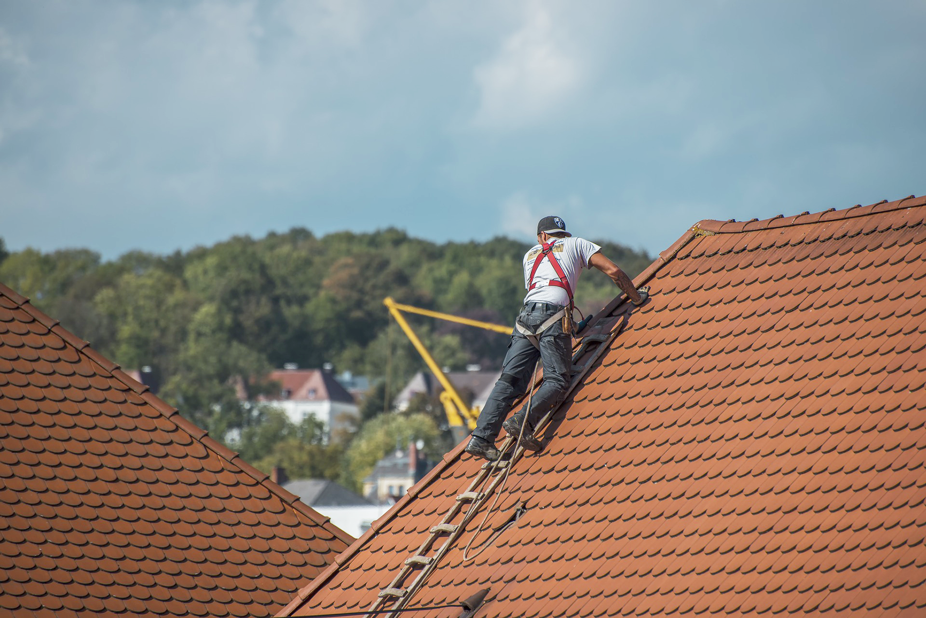 Roofers York Pa Checklist Hiring A Roofing Contractor In York Pa Red Lion Pa And Dallastown Pa Define The Roof Cool Roof Roofing Contractors Roof Repair