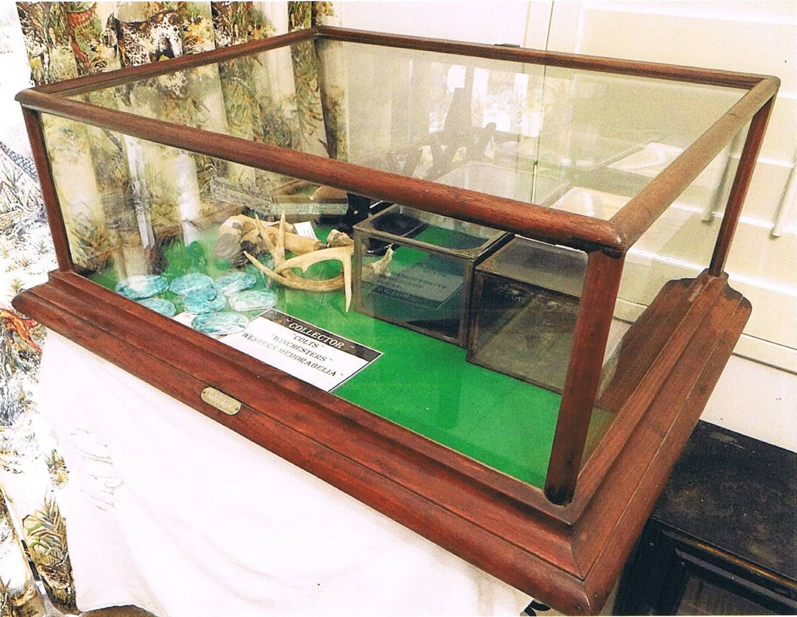 Antique Countertop Display Case Ebay On Display