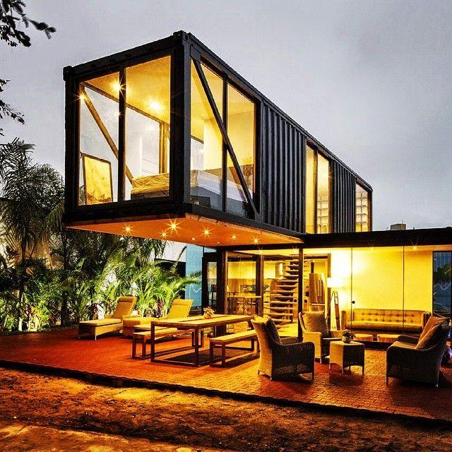 Maison Container  exemples de constructions économiques en - Idee Facade Maison Moderne