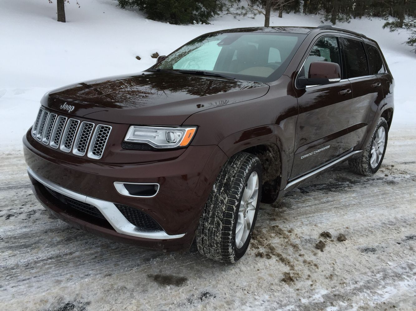 Offroading in Jeep Grand Cherokee Summit! MY PRIDE AND