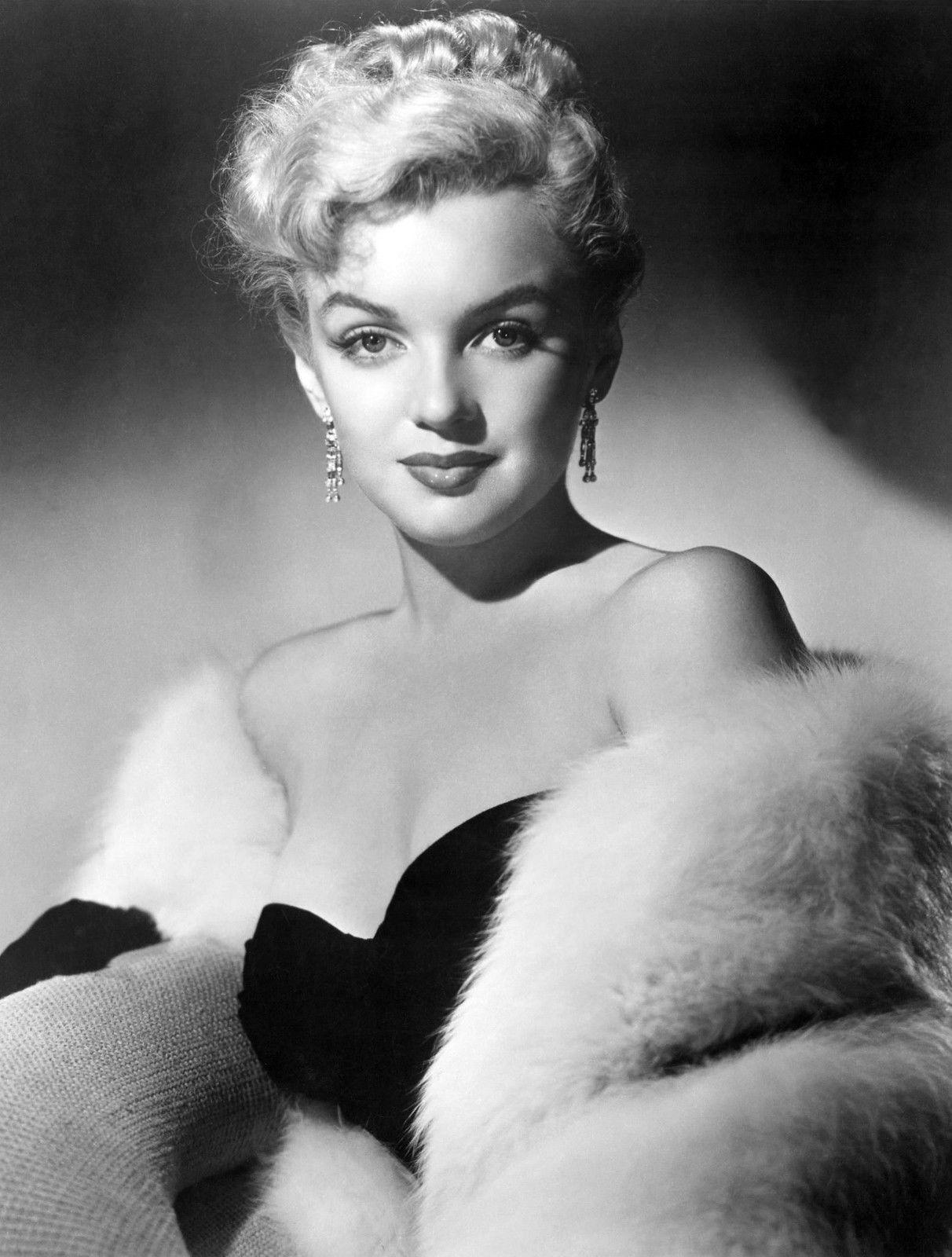 Framed Print - Marilyn Monroe Black & White (Picture Poster Art Pin ...