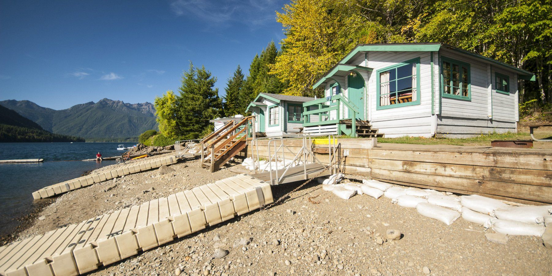 Cabins 2,3,4, And 5 At Lake Cushman Resort.  Best