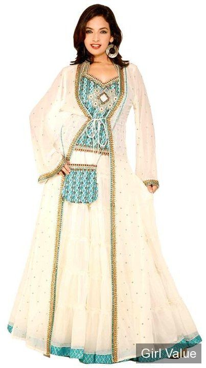 white jalabiya arab muslim traditional dress arabian