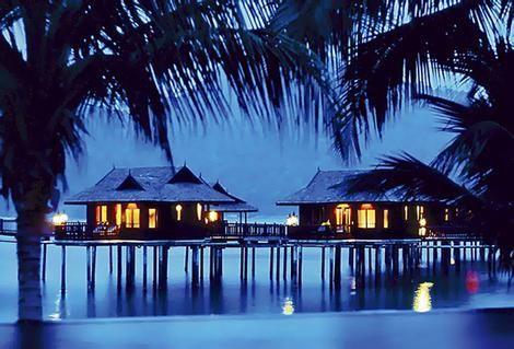 Palmen Landschaft Malaysia Urlaubziele Resort Pangkor Laut