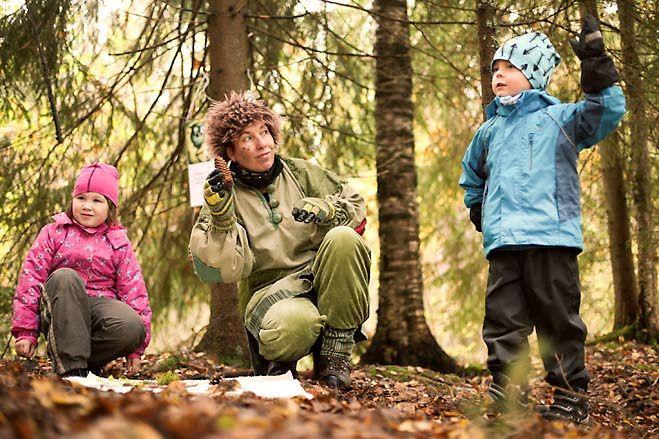 Perinteisellä Riihipolulla on nyt myös oma reitti maastopyöräilijöille. Lapset pääsevät Metsämörri-luontopolulle. Vuonna 2015 tapahtuma oli sunnuntaina 4. lokakuuta. Aamuposti. Kuva: Jetro Stavén