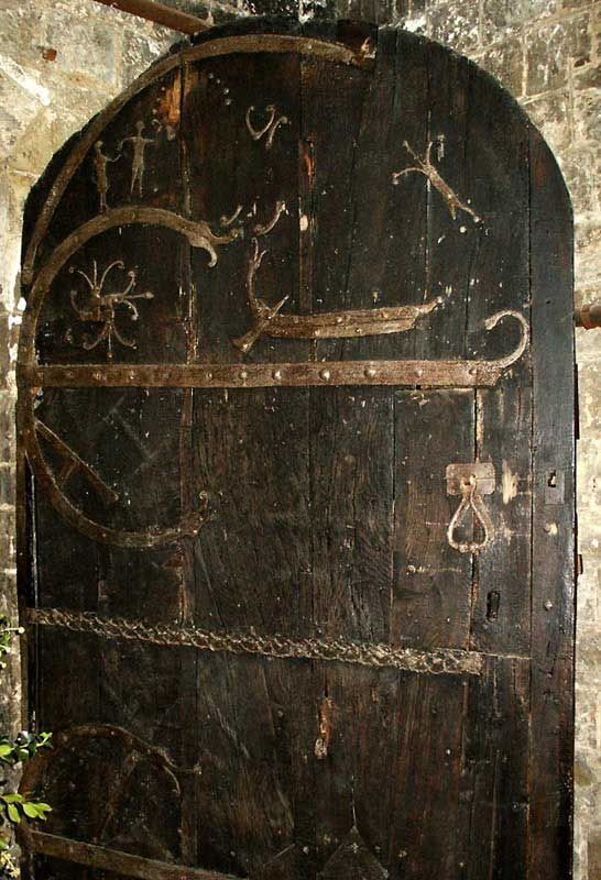This Door Is 909 Years Old - Built By The Hand Of Viking Craftsman In 1100 AD & This Door Is 909 Years Old - Built By The Hand Of Viking Craftsman ...