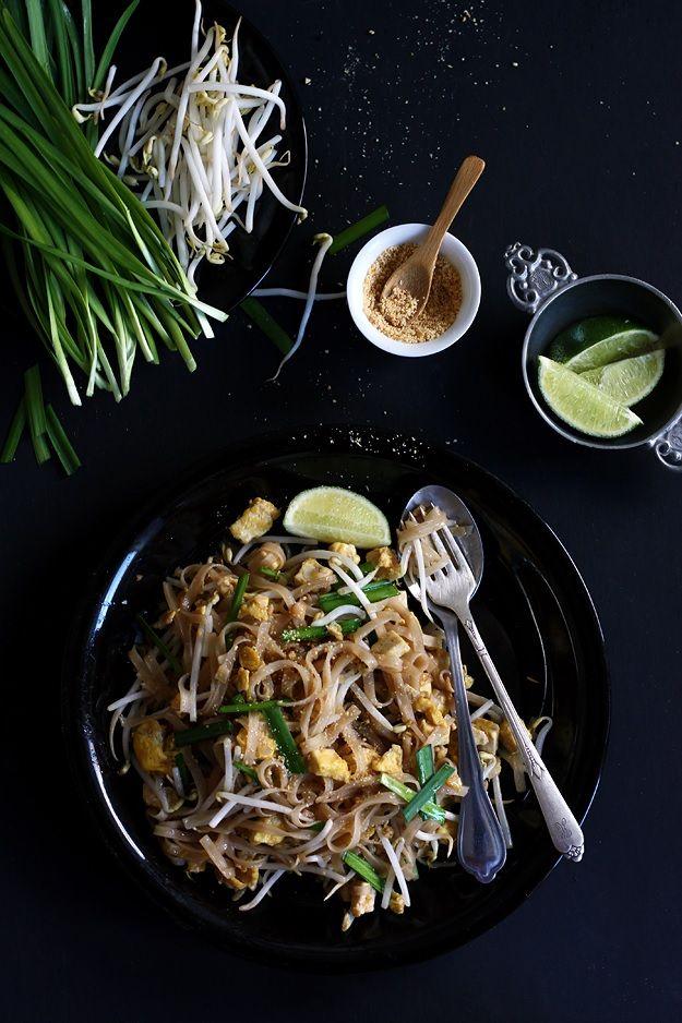 The perfect Pad Thai step-by-step » Recipe: http://www.tasteoftravel ...