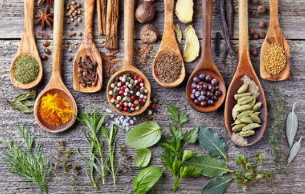 الطب العربي البديل تسهيل الولادة تعاني العديد من السيدات من مشكلة عسر الولادة والتي تكون نتيجة العديد من الأسباب نذكر منها Herbs Spices Herbs Herbalism