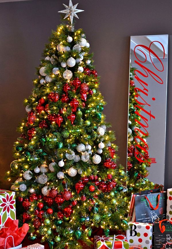 ideas how to decorate a christmas tree