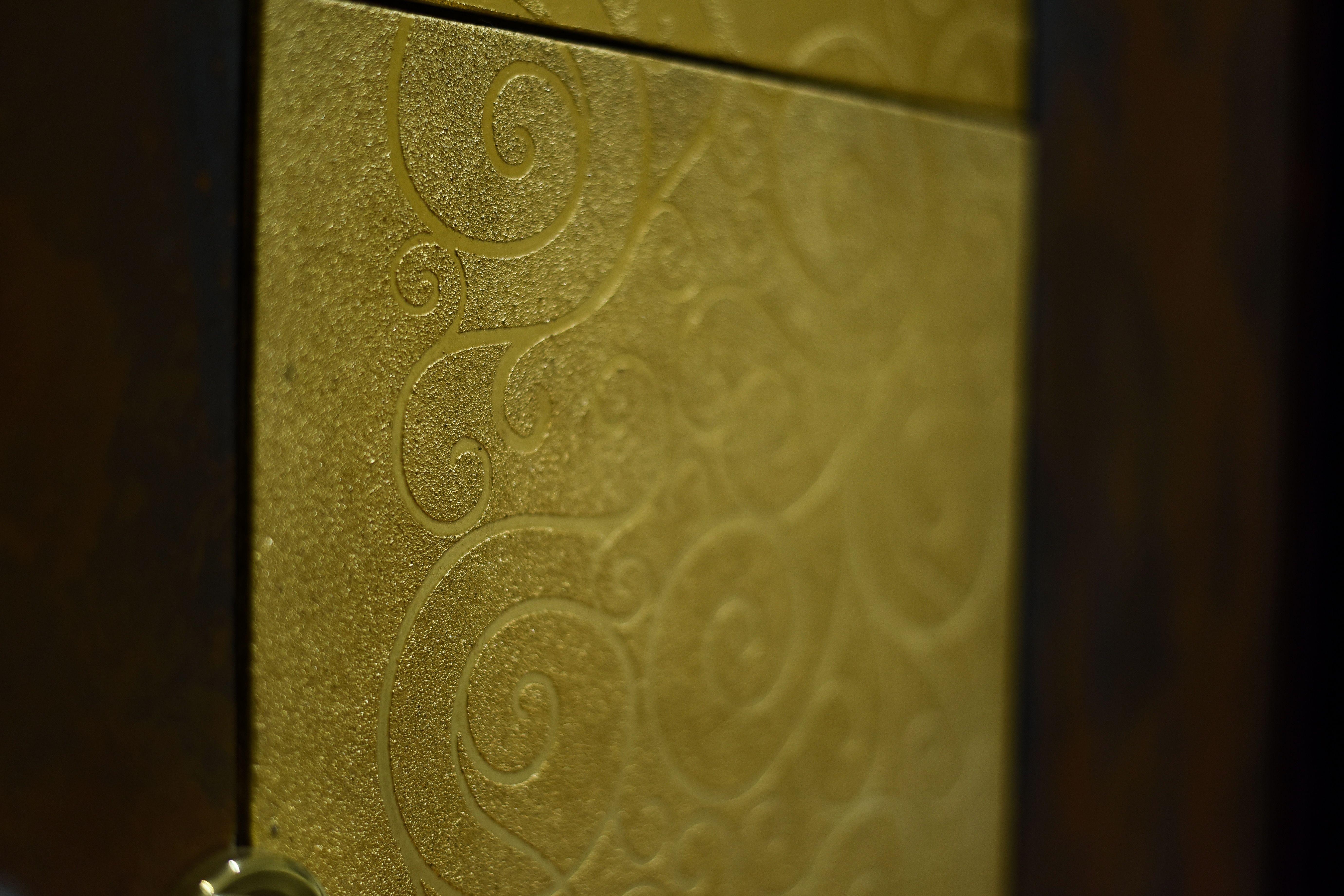 Pannello decorativo porta piastrelle decorate a mano foglia oro