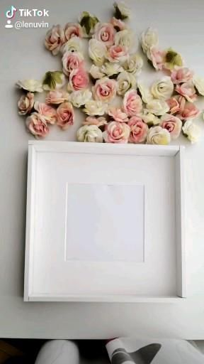 Personalised rose frame with your name 🌹😍 perfect gift for every events 👍 all shadow box frame are filled with silk roses which