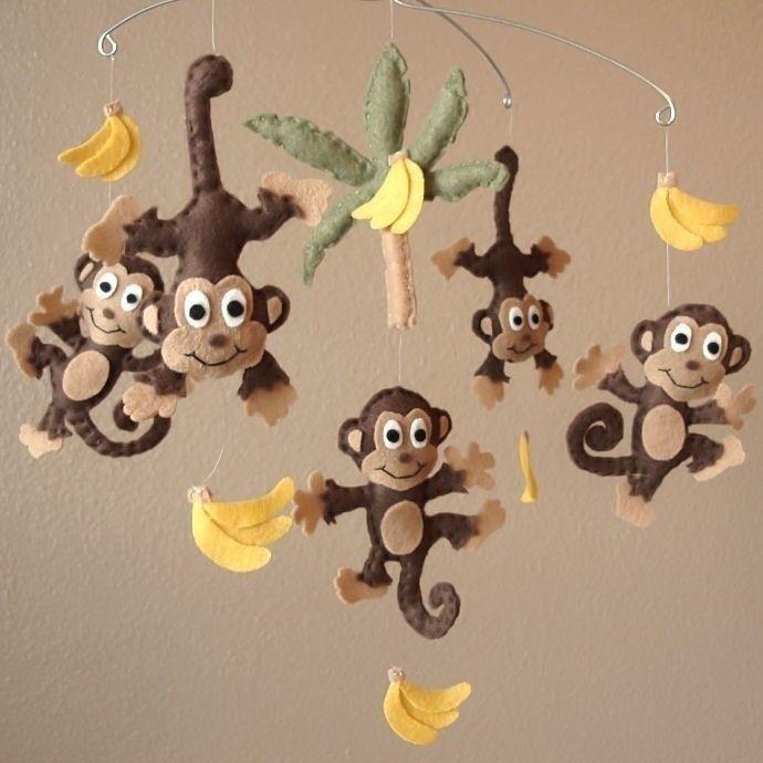 Diy felt monkey and banner animal baby mobiles kids for Diy baby mobile felt