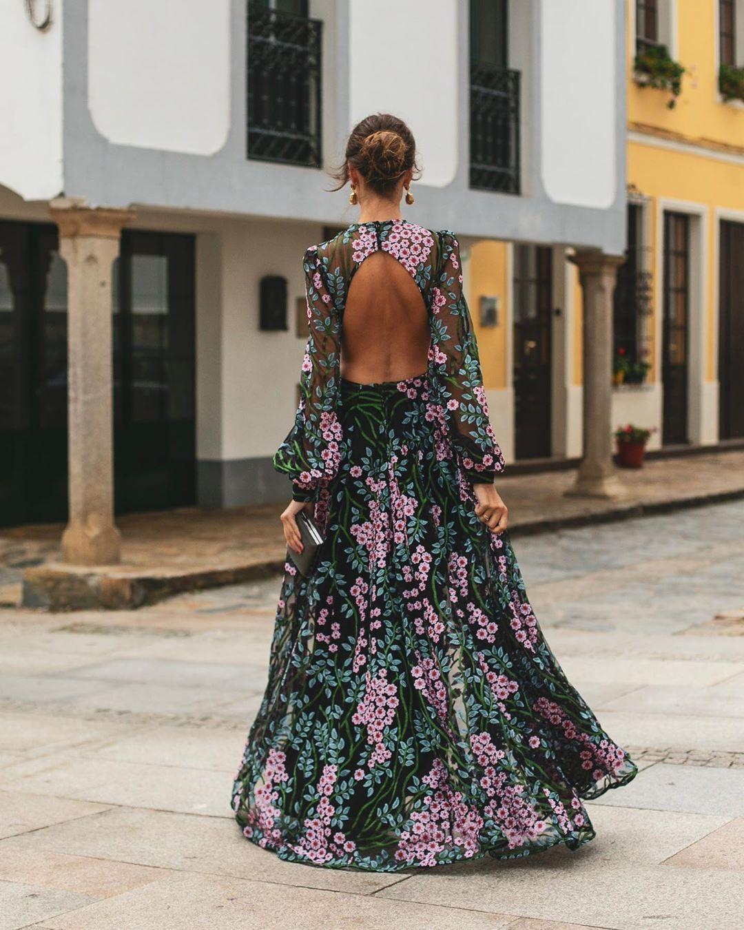 Elegant Printed Colour Backless Long Sleeve Dress #bienvenidootoño