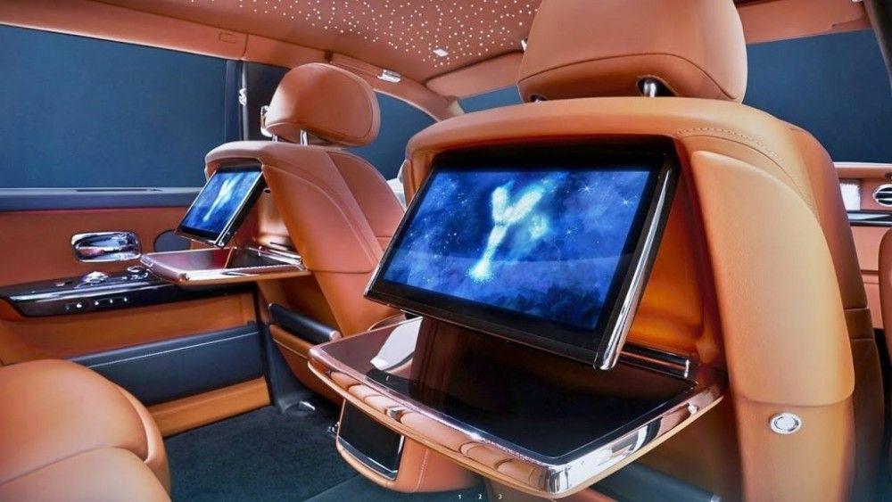Rolls Royce Phantom - Le auto più lussuose Il centro del lusso e una fonte quotidiana unica di not