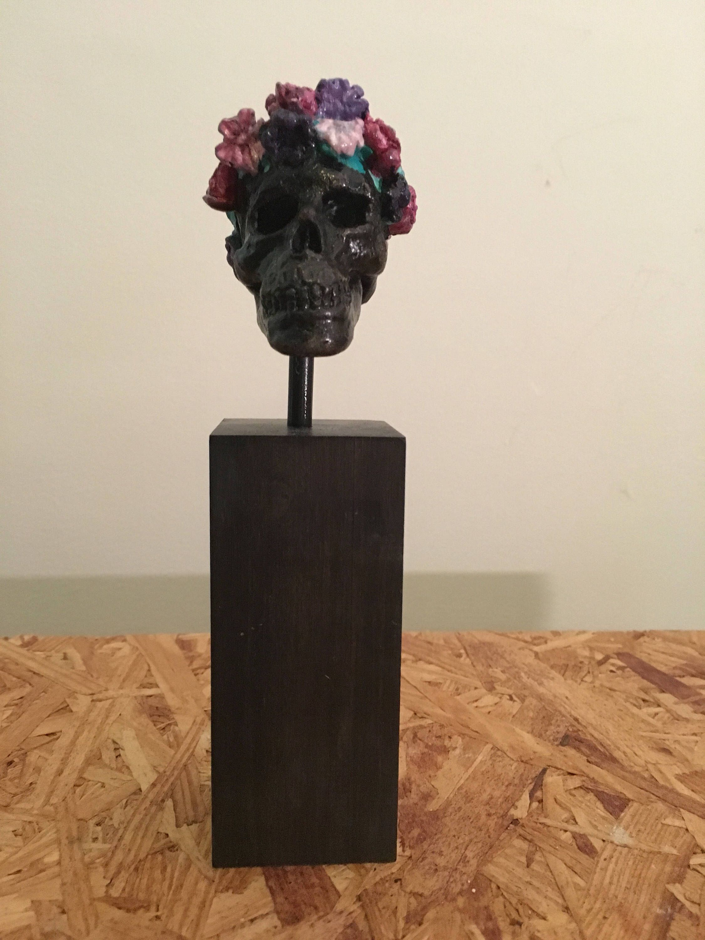 A Personal Favorite From My Etsy Shop Https Www Etsy Com Listing 525156840 Skull Burial Crown Black Hand Painted Black Hand Hand Painted Etsy